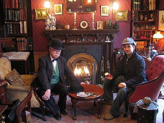 Study replicated inside the Sherlock Holmes Museum