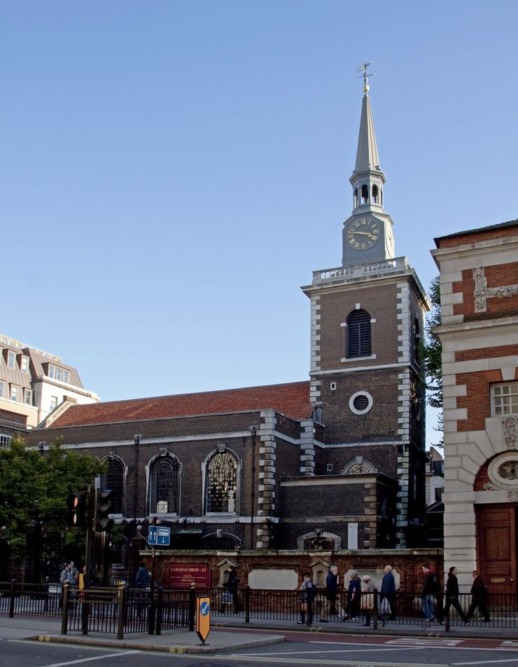 St. James's Church, Piccadilly is the home of free lunchtime recitals