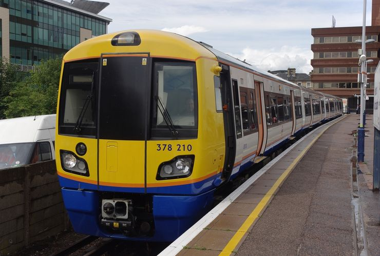 A train on the London Overground