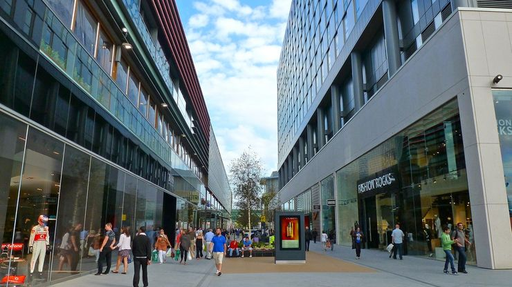 Westfield Stratford City has both indoor and outdoor spaces