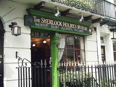 Entrance to the Sherlock Holmes Museum