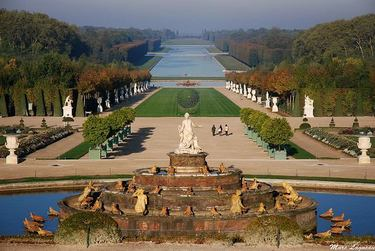 Beautiful view of the Grand Canal at the Château de Versailles