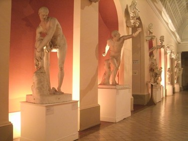 Statues are beautifully displayed inside the museum