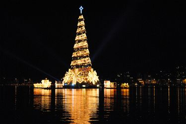 The famous Rodrigo de Freitas Lagoon Christmas Tree
