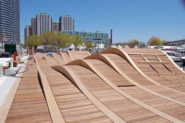 Simcoe Wave Deck