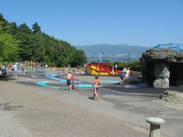 Kids cooling down on a hot summer day in one of Stanley Parks waterparks