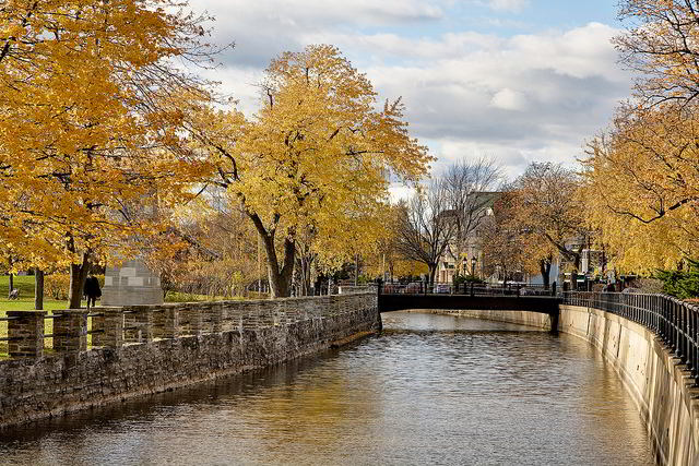 Lachine Canal is beautiful in the Autumn