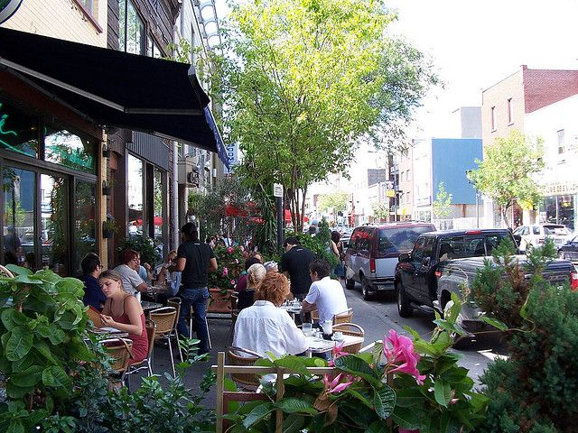 Sidewalk cafes in Little Italy