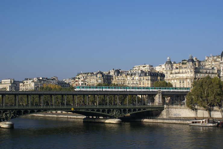 Paris Metro crossing the River Seine