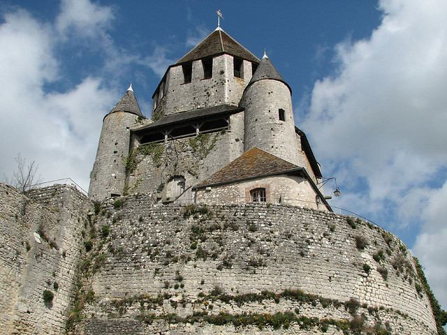 Looking up at Caésar Tower in Provins France