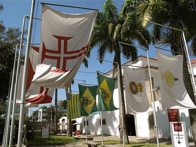 Flags outside the entrance of Museu Histórico Nacional
