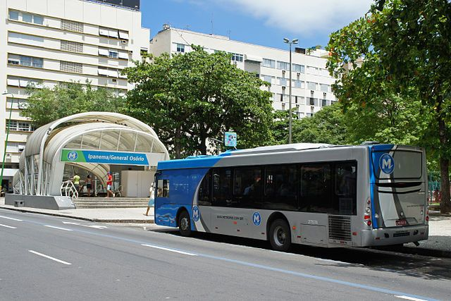 A Subway Bus waits for passengers outside General Osório Station