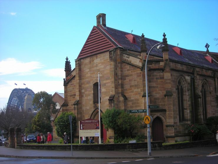 Garrison Church with the Harbour Bridge in the background