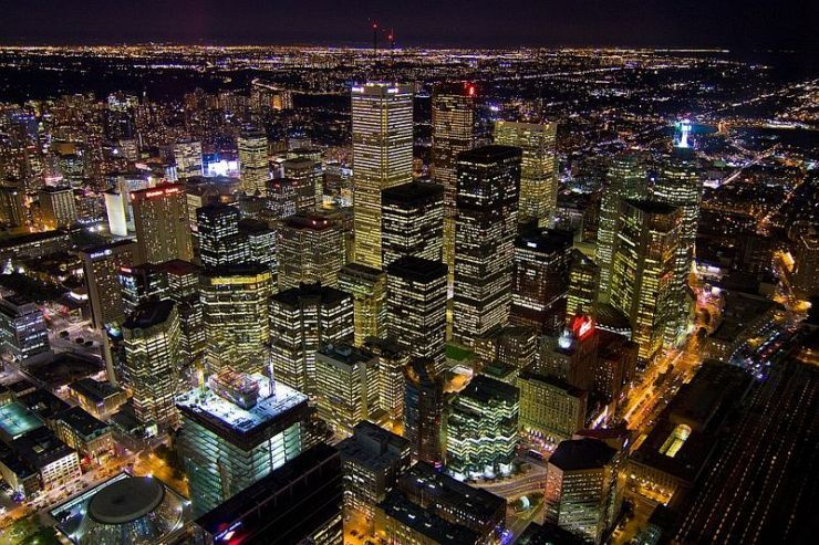 Spectacular night time view from the CN Tower