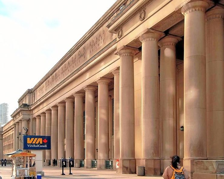 Massive colonades line the outside Union Station along Front Street