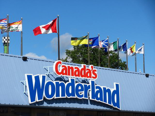 Entrance to Canada's Wonderland