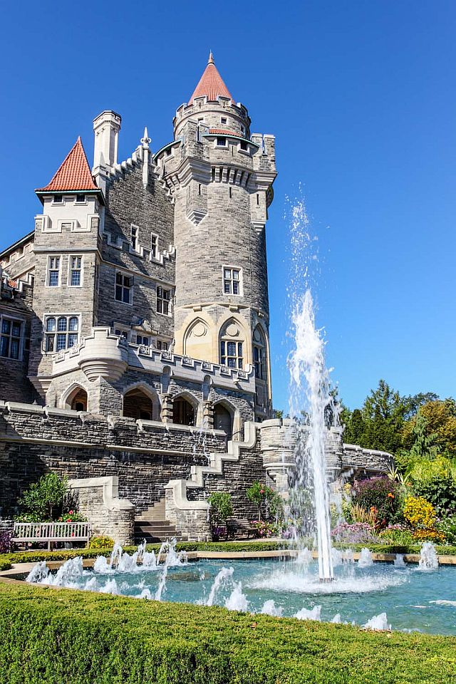 Casa Loma Fountain and Grounds