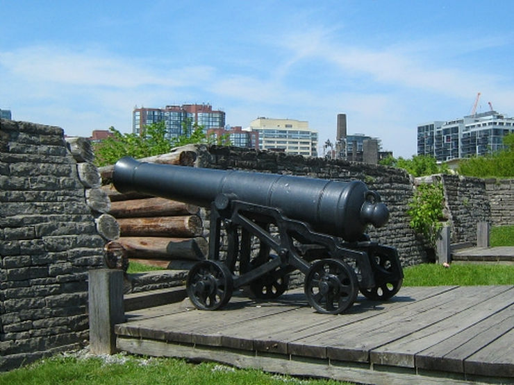 Old Cannon in Fort York