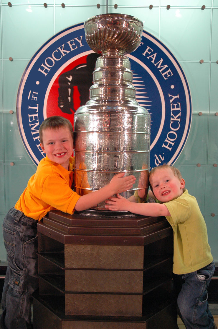 Posing with the real Stanley Cup in the Hockey Hall of Fame