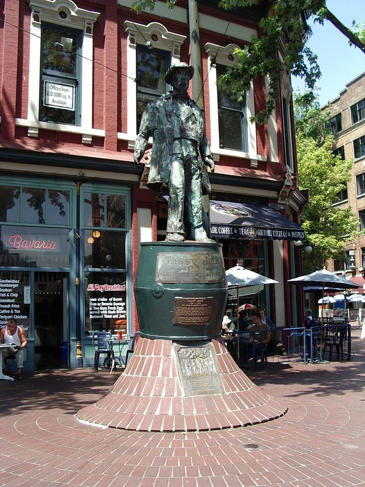 Statue of 'Gassy' Jack in Gastown