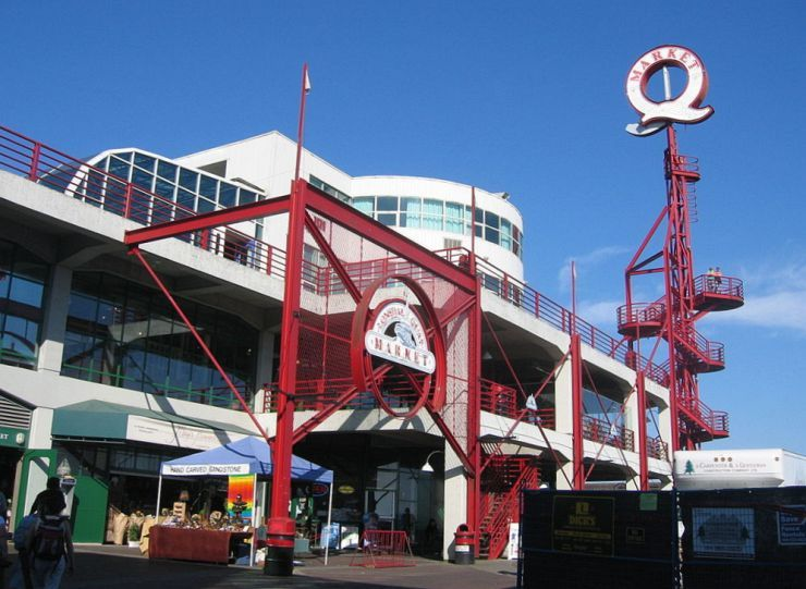 Entrance to Lonsdale Quay Public Market